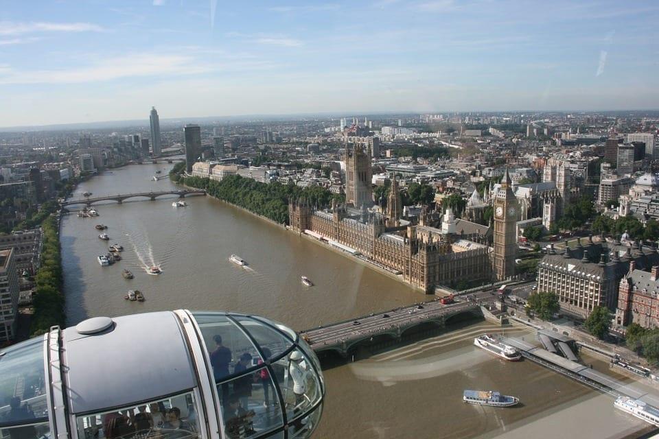 El Palacio de Westminster y el Big Ben vistos desde el London Eye