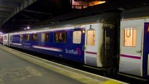 Viajar de Londres a Edimburgo en tren nocturno
