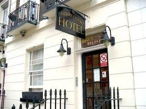 hoteles baratos y económicos