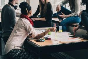 Estudiar Máster o maestrías en Londres, Inglaterra: Conocer gente al estudiar un máster en UK
