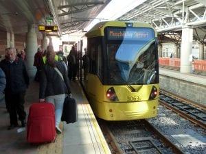 Ir del aeropuerto de Manchester hasta Piccadilly centro desde la estación de tren