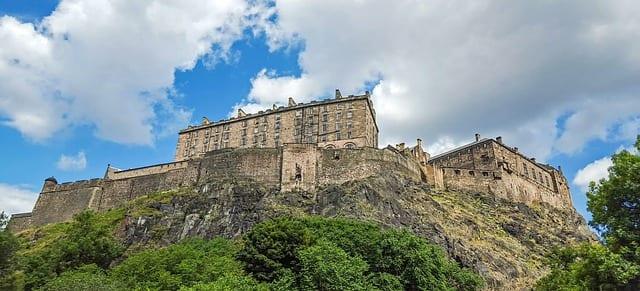 Hacer ocio y turismo en Edimburgo al trabajar