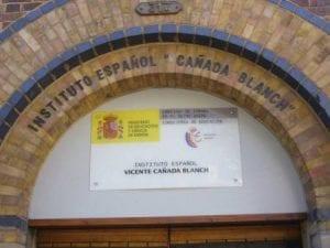 Centro Vicente Cañada Blanch con más de un curso para niños en español