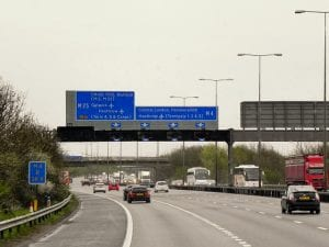 Ir a Cardiff desde el aeropuerto de Heathrow de Londres