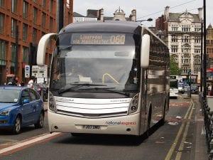 Ir de Manchester a Liverpool en bus