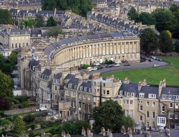 De la ciudad de Londres a Bath
