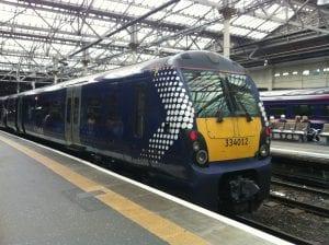 Ir de Edimburgo a Glasgow en tren