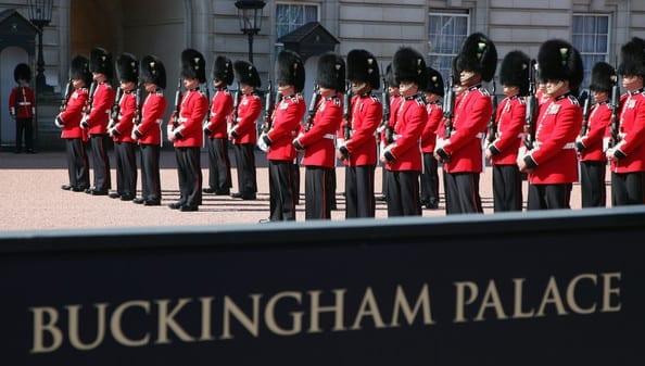 Cambio de guardia en el Buckingham Palace