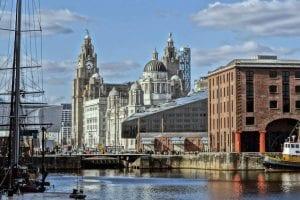Españoles en Liverpool y el mundo. Población española y restaurantes por los que emigrar