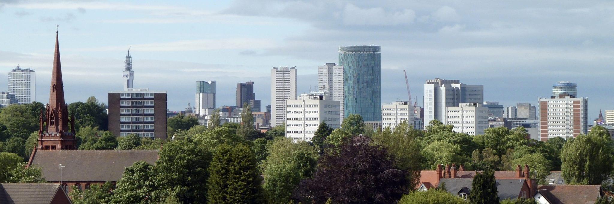 Habitantes y trabajo en Birmingham: Skyline de la ciudad de Birmingham desde Edgbaston
