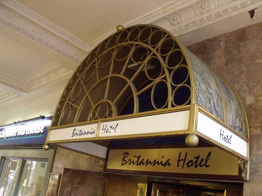 Habitantes y trabajo en Birmingham: Britannia Hotel en Birmingham Inglaterra