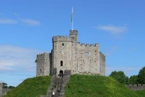 Cardiff Castle puedes hacer turismo entre los habitantes de cardiff