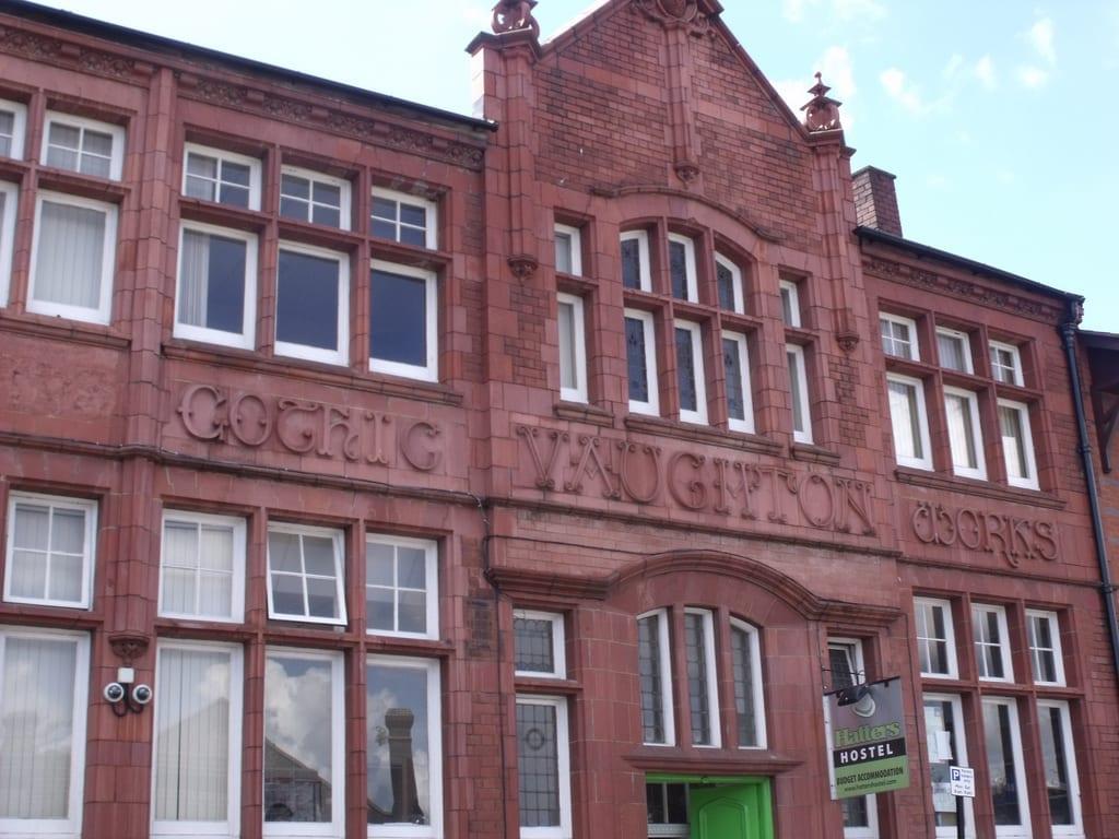 Habitantes y trabajo en Birmingham: donde queda Hatters Hostel en Birmingham UK