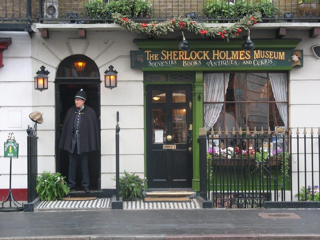 Qué ver y visitar en Londres en 3 días:: Sherlock Holmes Museum fachada