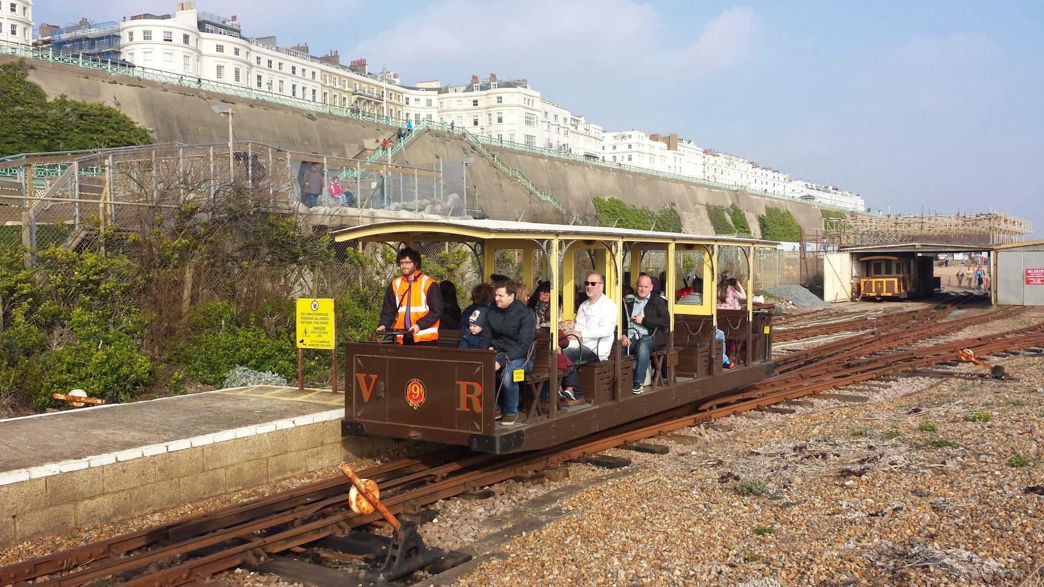 Ir por los acntilados de Brighton con el Volk's Electric