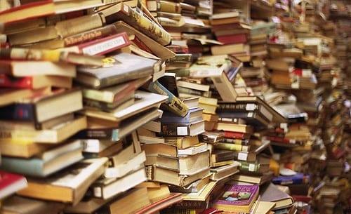 pila de libros del temario c1 en ingles