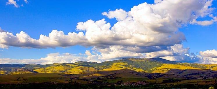 montanas reflejan el tiempo meteorologico en ngles