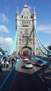 El famoso puente de Londres Tower Bridge