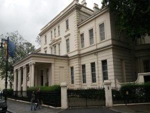Embajada en el Reino Unido, en inglés
