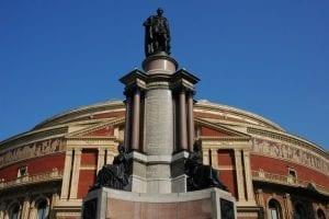 Espectáculo y edificio en el Royal Albert Hall
