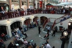 Espectáculos callejeros en Covent Garden