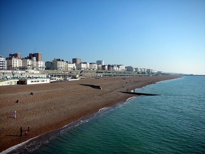 Vivir, estudiar inglés y Buscar Trabajos en Brighton, Inglaterra: la playa de brighton