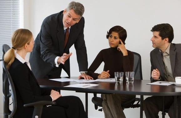 En la oficina vocabulario en ingl s gu a de estudio 2018 for Oficina empleo cantabria
