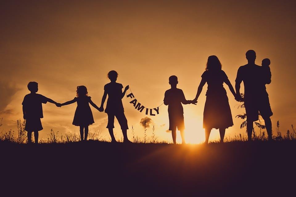 familia usando palabra en ingles en su vocabulario