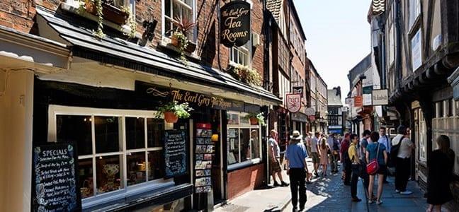 viajar de compras por la ciudad de york en Inglaterra perteneciente al Reino Unido