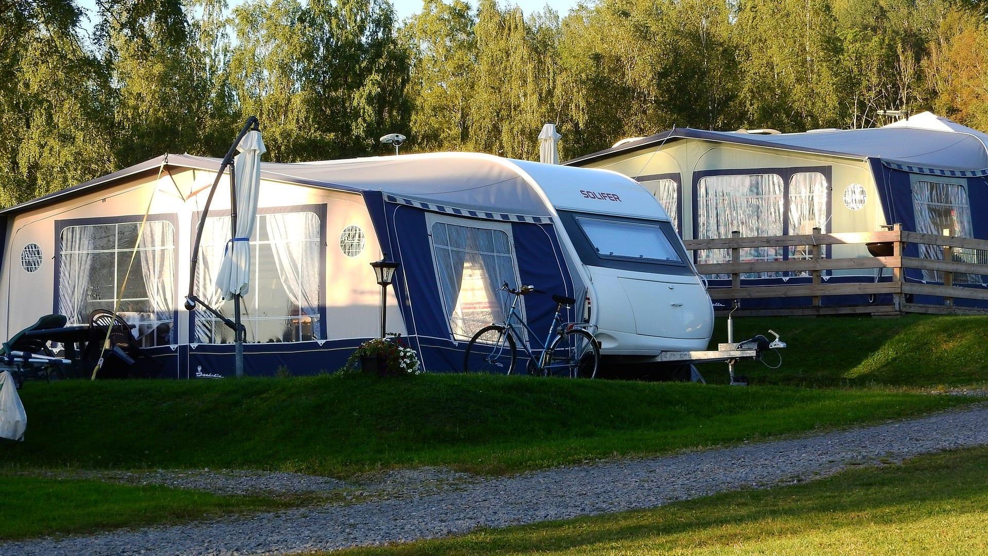 Alojamiento en un bungalow de camping en Londres, donde dormir, hacer turismo y alojarse