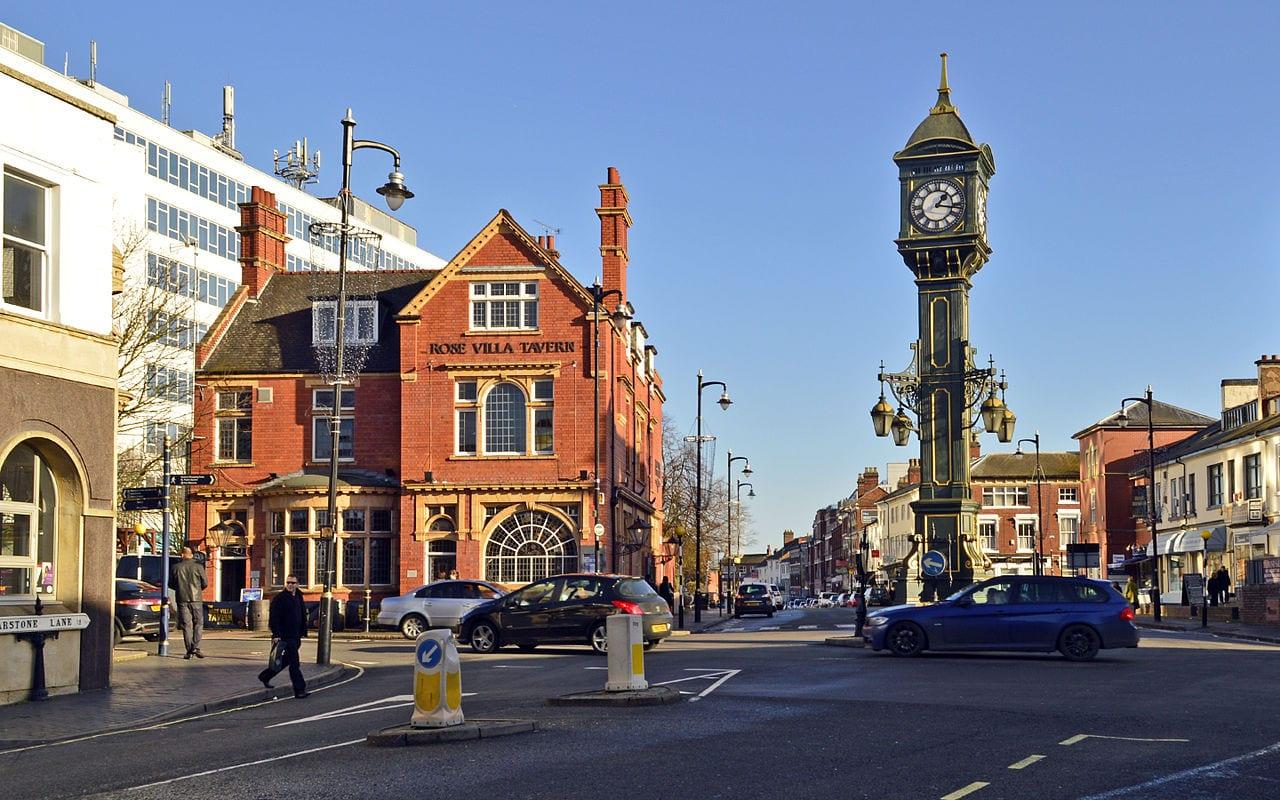 Ayudas a Españoles vienen a Birmingham del Reino Unido a vivir, buscar trabajo o estudiar inglés