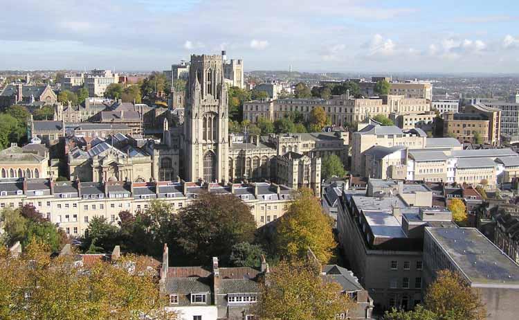 Trabajos para la población de Españoles y restaurantes españoles en Bristol- Reino Unido, ciudad con tasa de paro baja