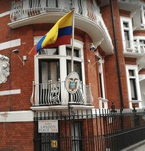 Hacer trámites y documentos como el pasaporte en la Embajada de Ecuador en Londres