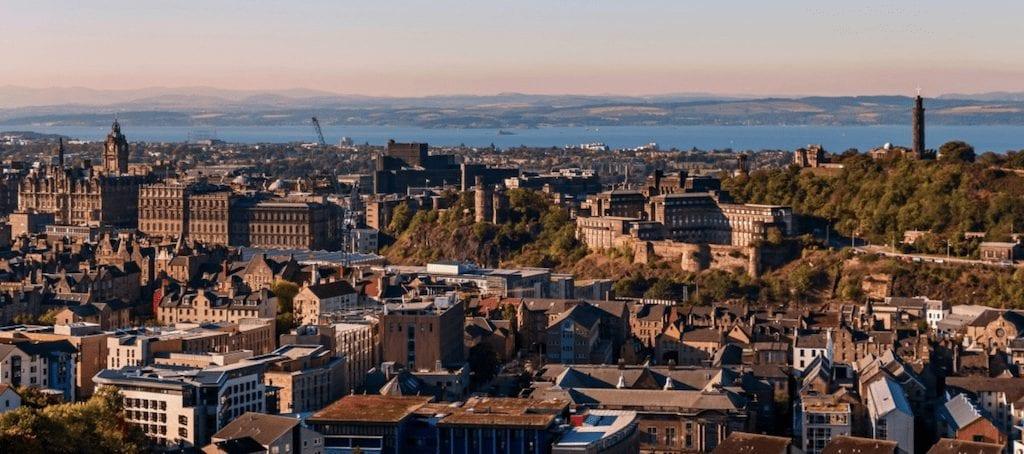 Ciudades de Inglaterra y Poblaciones de Escocia para hacer turismo, Edimburgo