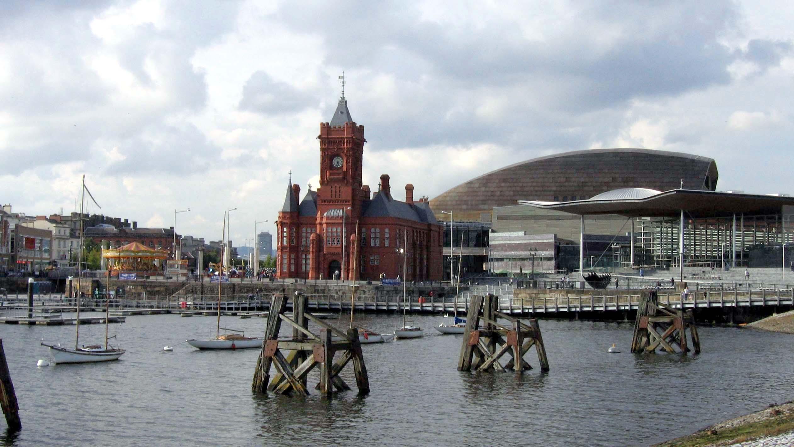 Habitantes españoles en Cardiff y el mundo: Población que habla inglés como españoles en Cardiff