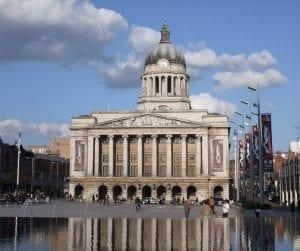 Españoles que vienen a Nottingham a vivir, buscar trabajo o estudiar inglés