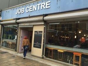 Ofertas en Gumtree o Job Centres para encontrar trabajo en Reino Unido