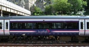 Tren Stansted Express para en Tottenham Hale