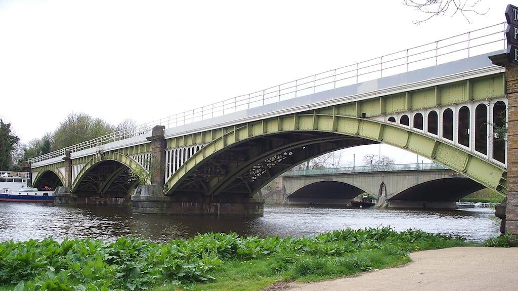 Puentes ferroviarios de Londres
