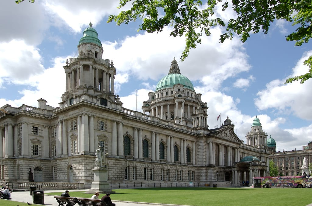 Vivrò a Belfast, nel Regno Unito