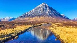 Montaña que representa la entrada a Glencoe