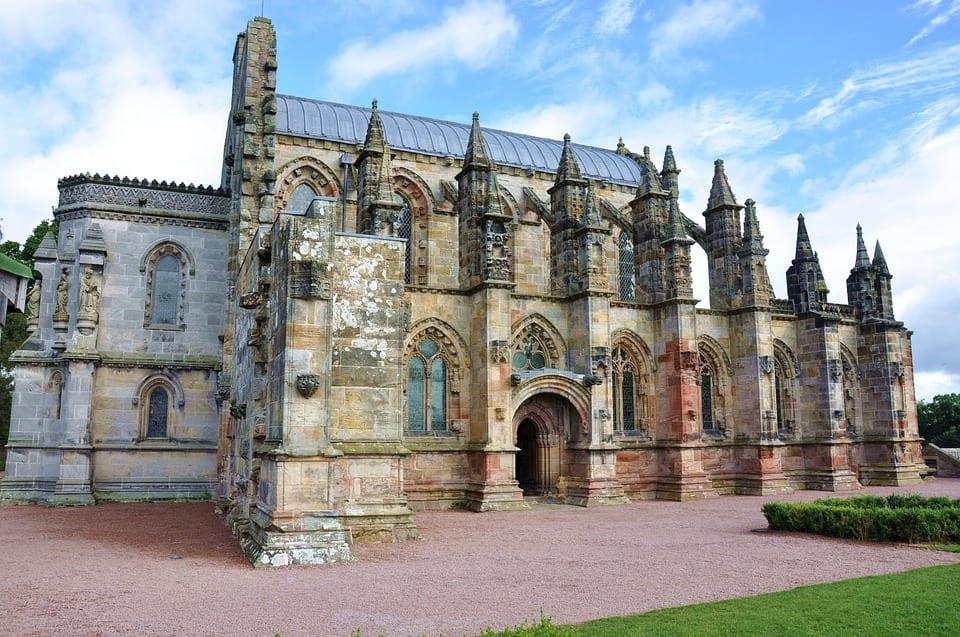 Visitar la ciudad de Roslin en Escocia