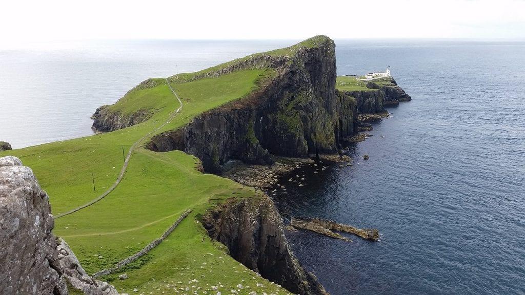 faro de neist point en la isla Skye