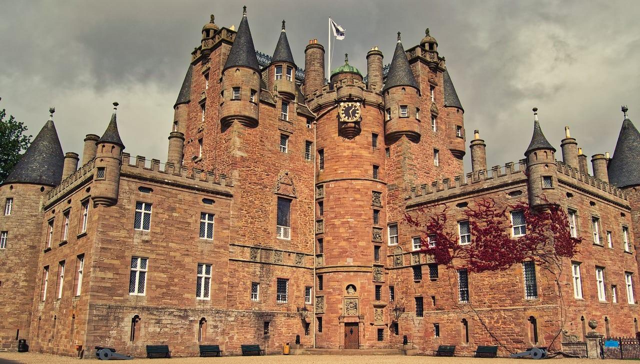 Visitar el Castillo de Glamis en Escocia