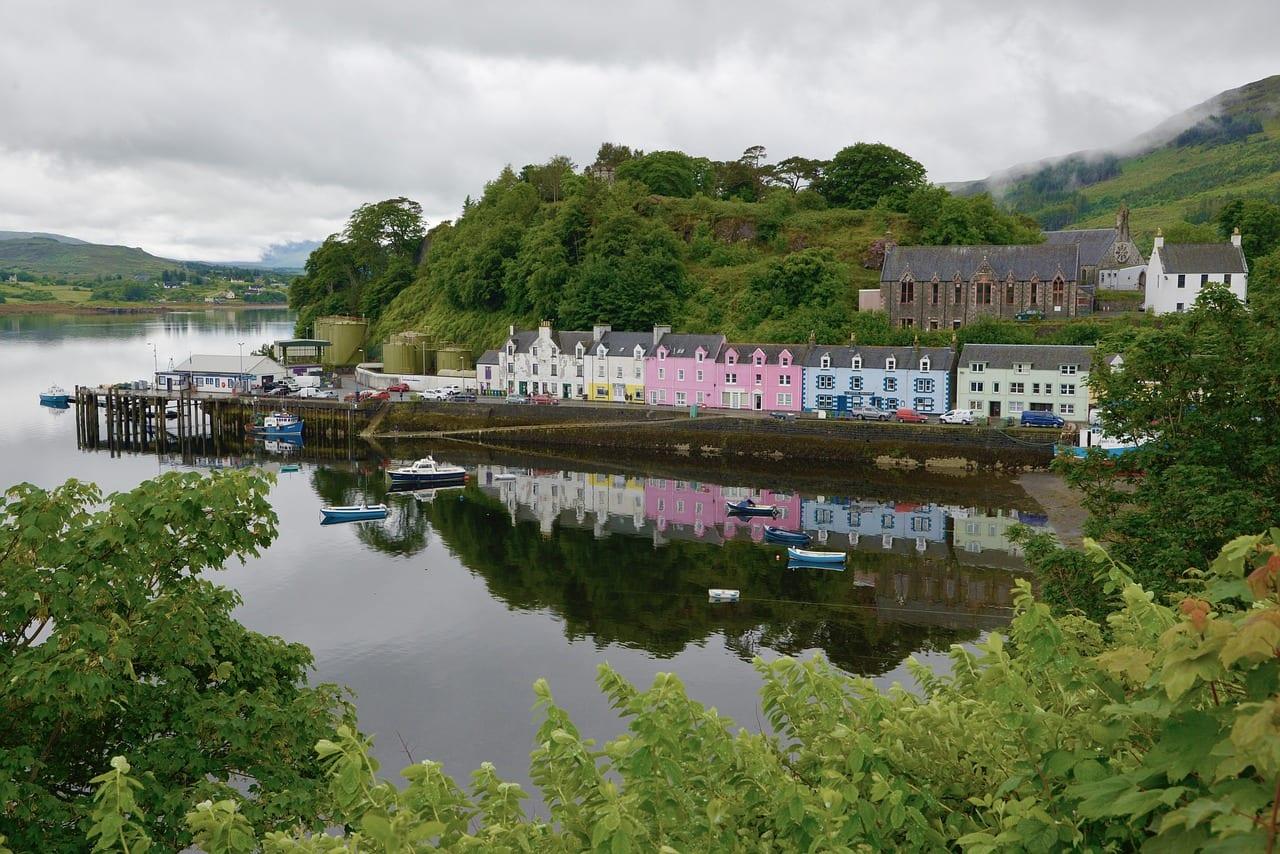 Visitar Portree en Escocia
