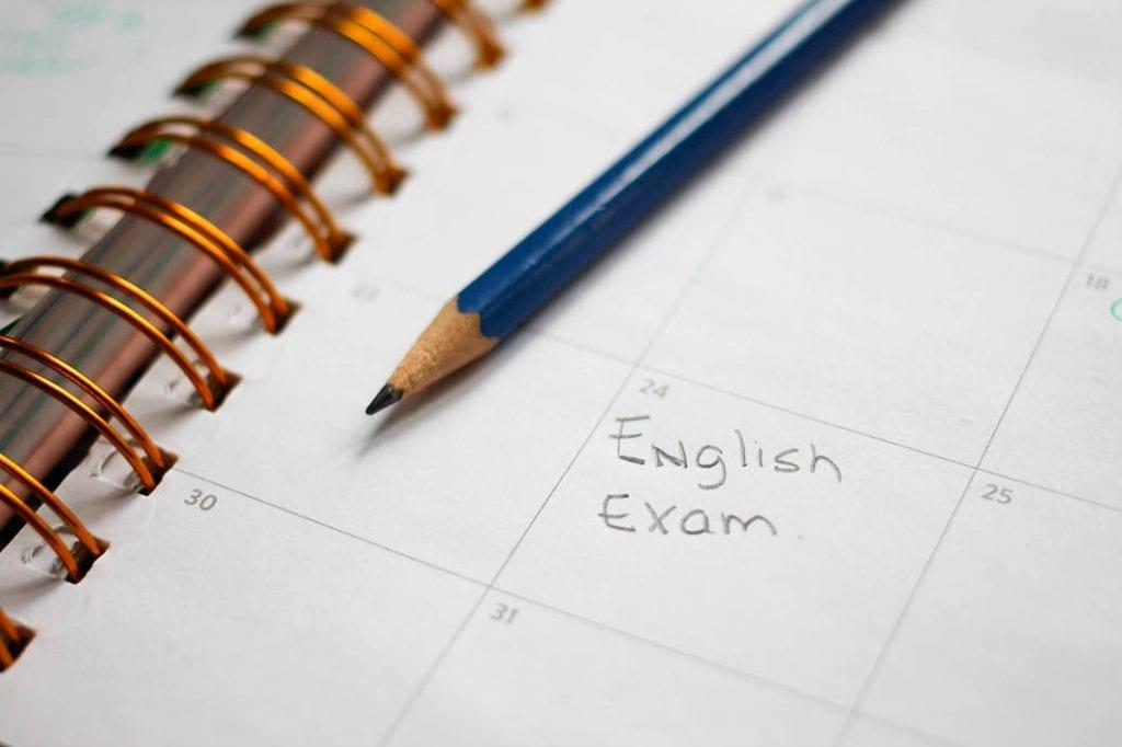 Estudio del examen de inglés de APTIS